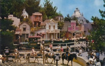 Disneyland Rainbow Ridge mine train and pack mules
