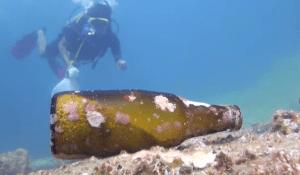 Hook diving against debris