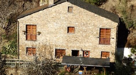 Yurt Holliday Portugal (Lugar das Várzeas) - PD0256 at Arganil, Portugal for 110000