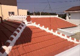 沖縄伝統の瓦屋根がリフォームのよって生まれ変わりました。