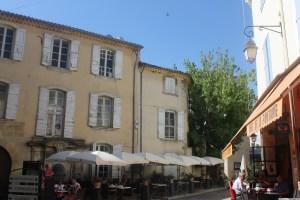 Cafe de La Fontaine in the heart of Lourmarin