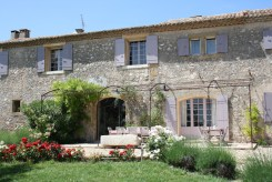 Alpilles villa rental