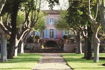 Chateau Vignelaure Aix en Provence front