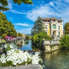 "L'Isle Sur La Sorgue the ""Venice of Provence"""