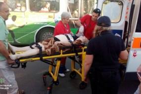 Патрульні допомогли врятувати життя літній жінці