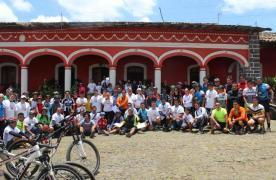 Participan decenas de ciclistas en el primer BiciTour Comapa 2016