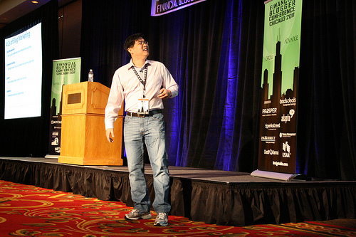 Will Chen Speaks at the Financial Blogger Conference
