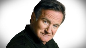 College Kid Creates Unbelievably Realistic DRAWING Of Robin Williams