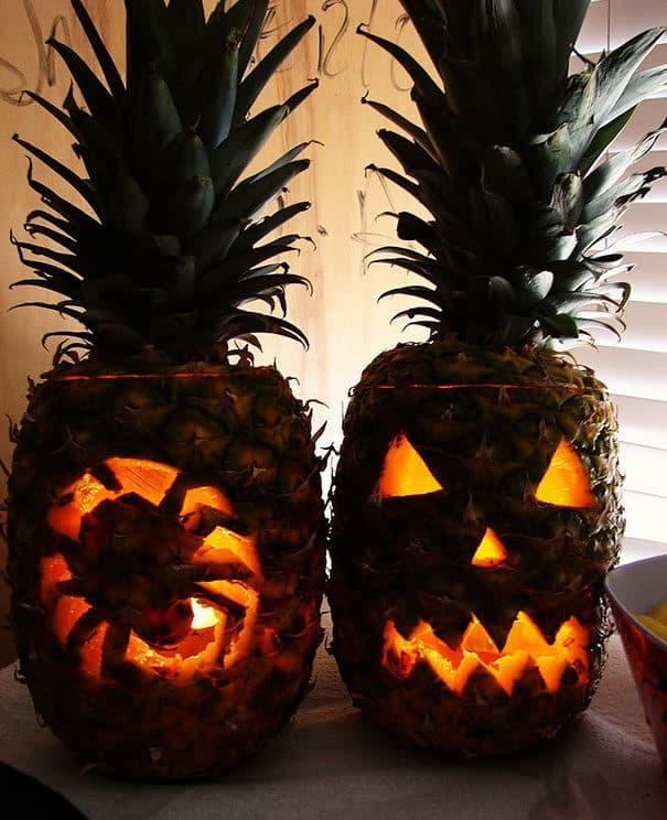 57fb3fce8086c - Forget Pumpkins, Pineapple Jack O' Lanterns Are The Latest Hallowe'en Trend