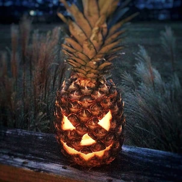 57fb3fcfcd044 - Forget Pumpkins, Pineapple Jack O' Lanterns Are The Latest Hallowe'en Trend