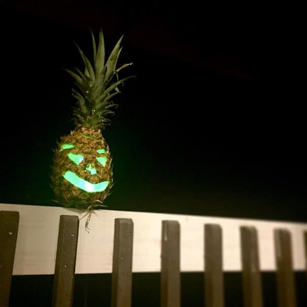 57fb3fd174e7f - Forget Pumpkins, Pineapple Jack O' Lanterns Are The Latest Hallowe'en Trend