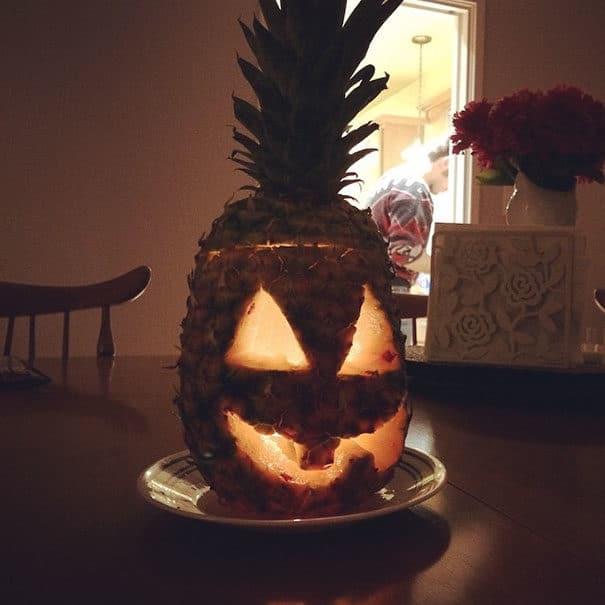 57fb3fd2b1f8e - Forget Pumpkins, Pineapple Jack O' Lanterns Are The Latest Hallowe'en Trend