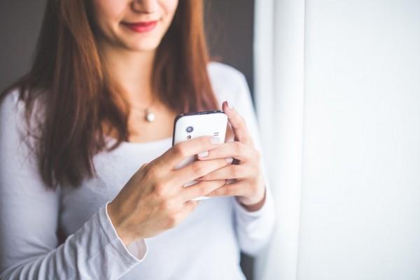 woman-smartphone-girl-technology-large