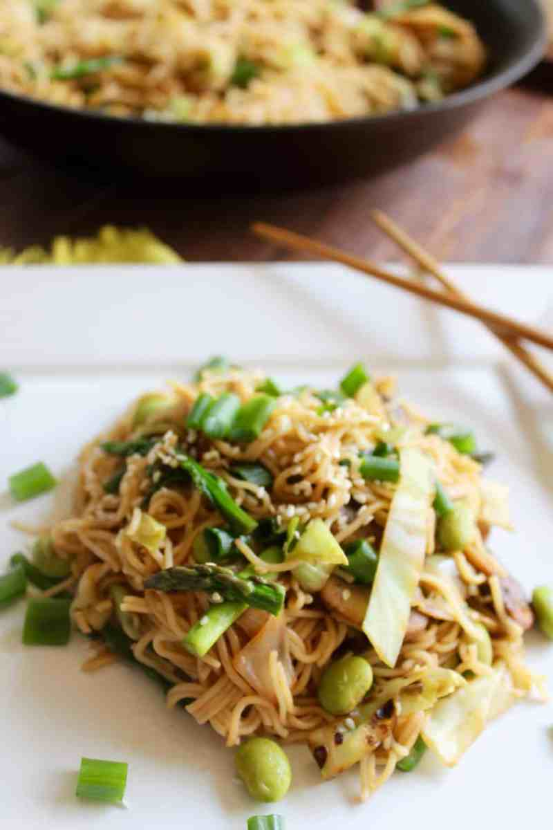 15 Minute Vegetable Ramen Stir Fry