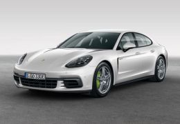 Porsche Panamera 4 E-Hybrid - PUNTA TACÓN TV