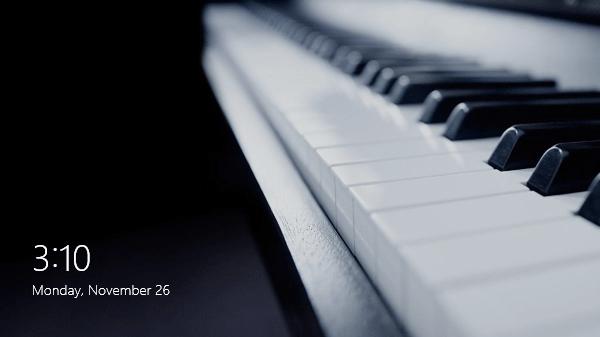 Piano keys Win 8 lock screen default image