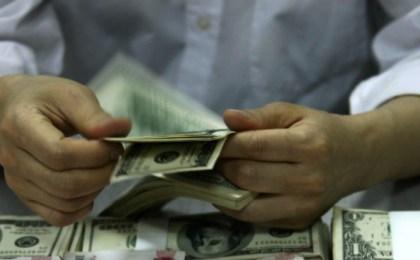 La promoción militar de los dólares Cadivi