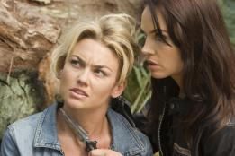 marine-the-kelly-carlson-abigail-bianca-