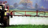 epa01598507 (FILES) A file picture dated 14 October 2008 shows a farmer spraying pesticides on his field in Germany.. The European Parliament adopted a broad ban of dangerous pesticides, the world's most strict pesticide regulation, on 13 January 2009. Toxic substances that can cause cancer, alter genetic material or harm fertility are banned for the first time in the European Union. The regulation was adopted by a vast majority of representatives.  EPA/PATRICK PLEUL