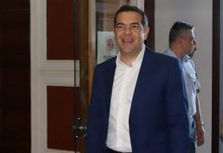 alexis-tsipras-mple-kostoumi-2019-5-20
