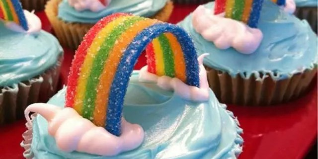 Best Cupcake Designs - Rainbow Cupcake