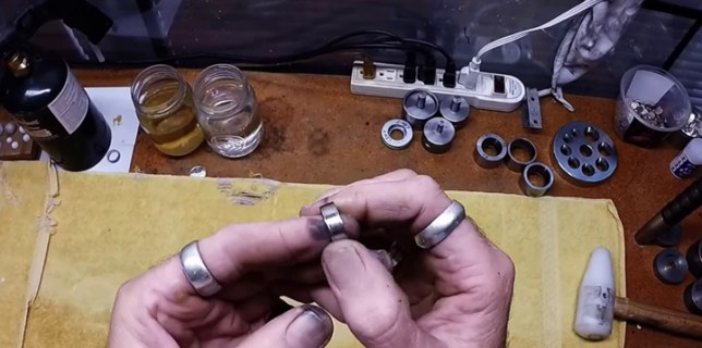 Making a Coin Ring In Two Minutes