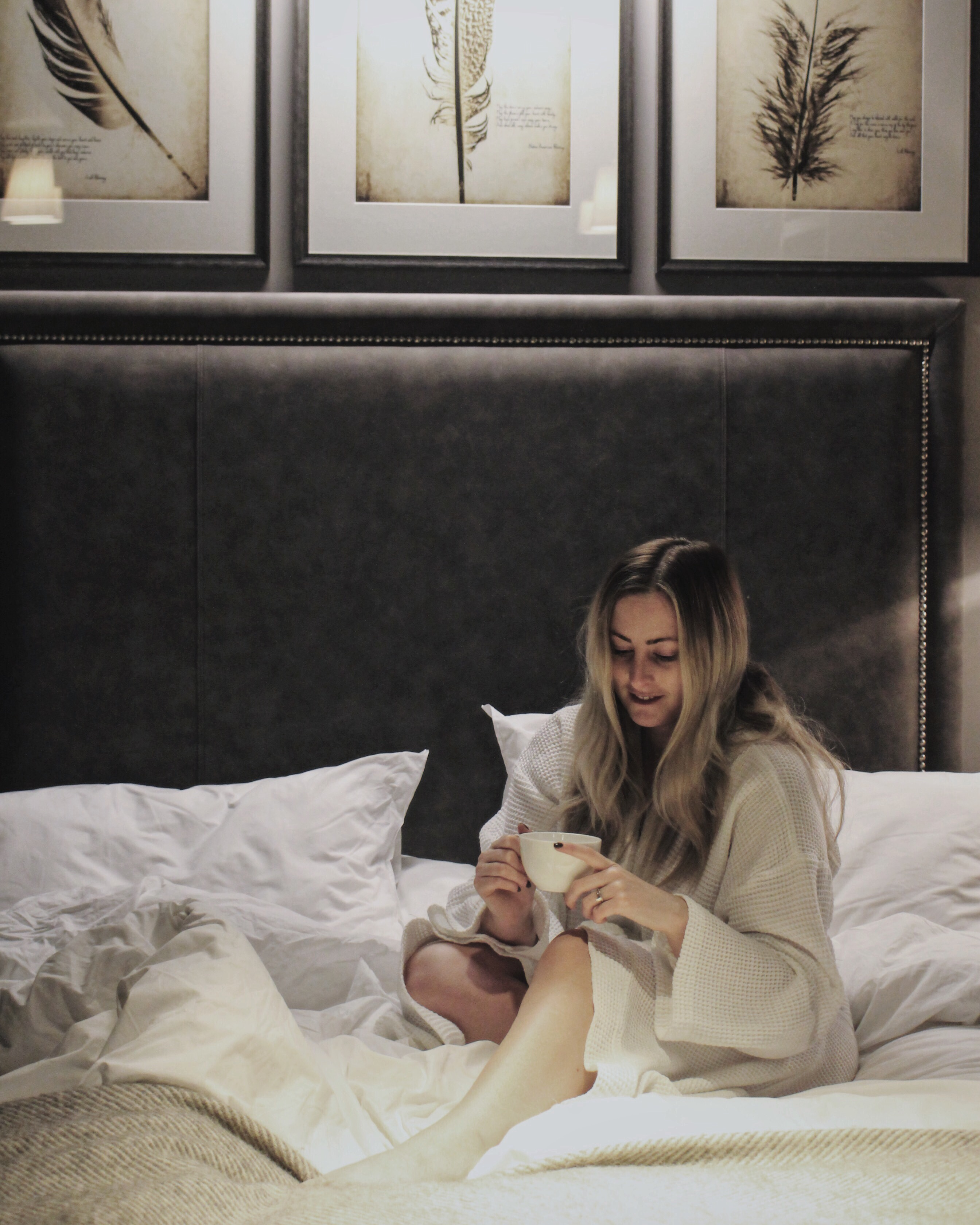 A LUXURY STAY AT THE DAKOTA DELUXE, LEEDS   QUEENBEADY