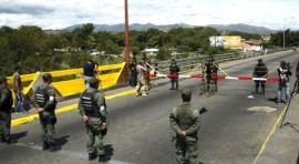 Militarizan frontera entre Venezuela y Colombia por 'contrabandistas'