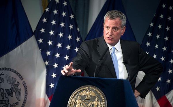 Alcaldía de NY lanza iniciativa de educación para inmigrantes con acceso a DACA