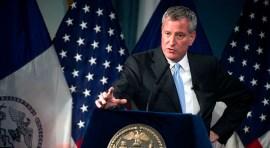Alcalde Bill de Blasio envía mensaje a neoyorquinos indocumentados