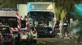 Más de 80 muertos en Francia embestidos por camión de 19 toneladas