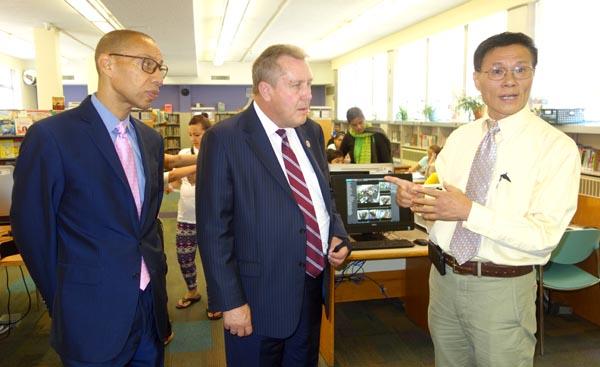 Cámaras de vigilancia para biblioteca pública de Jackson Heights