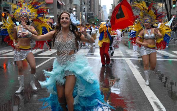 Comité del Desfile de la Hispanidad convoca a pintores latinos para exhibición