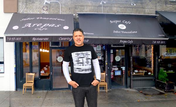 Arepas Café: el 'consulado' venezolano en Queens
