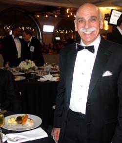 Bruce J. Flanz, presidente y CEO del Jamaica Hospital.