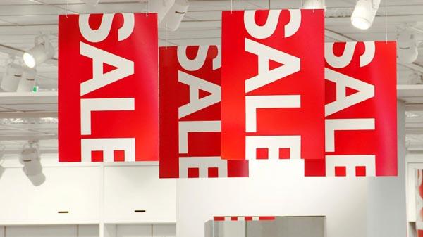 Demandan a tiendas que ofrecen descuentos falsos