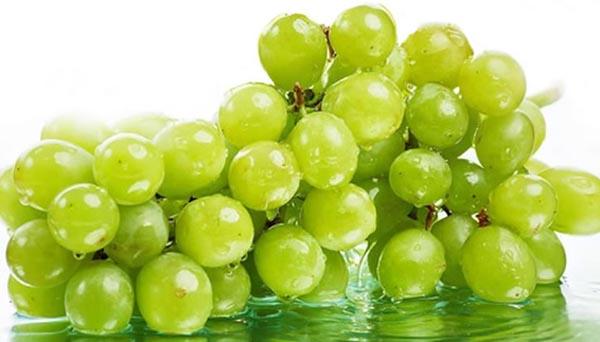 Rituales de fin de año: ropa interior roja y uvas verdes…