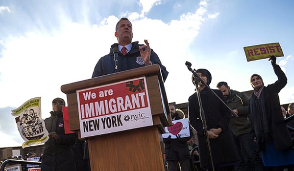 Bill de Blasio, alcalde de Nueva York, ha salido en defensa de los inmigrantes. Foto Alcaldía NYC