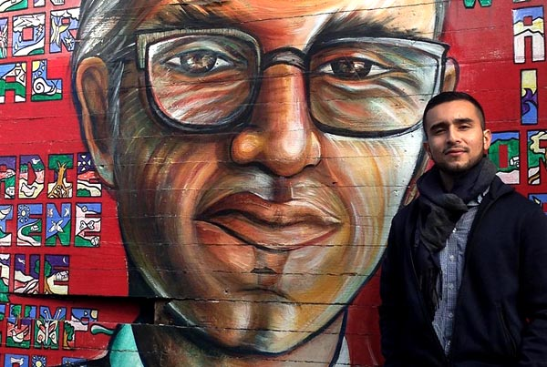 Javier Zamora ¡Poeta ilegal!: 'A la poesía estadounidense se le ha olvidado sufrir por otros países'