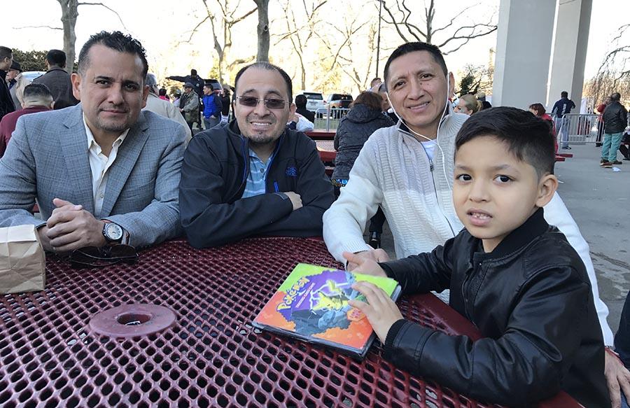 En el Queens College, desde la izquierda, Carlos Guevara, José Antonio Quizhpi, Walter Sinche y Ryan Guevara.