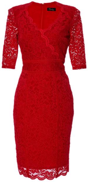 El traje rojo de la colección de Thalia que cuesta $89.50.
