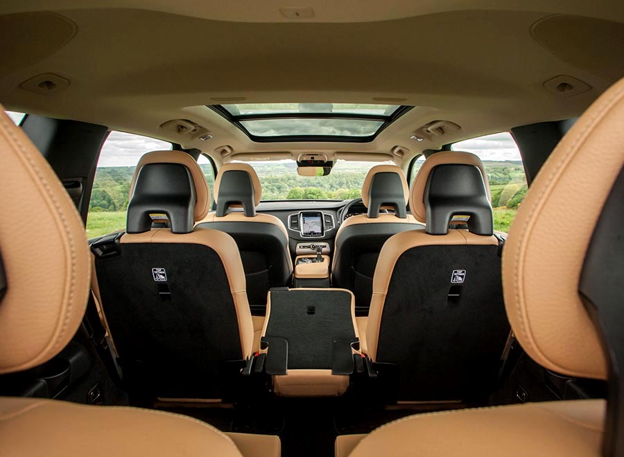 El interior del Volvo XC90 T8.