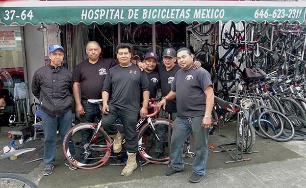 Hospital de bicicletas de Rafael Cossio en la Roosevelt y la calle 93