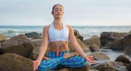 Practique yoga el miércoles 21 de junio en Jackson Heights