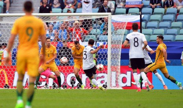 Uno de los dos goles de Alemania sobre Australia.