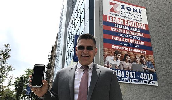 Inauguran ZONI Languague Center en Brooklyn para enseñar inglés como segundo idioma