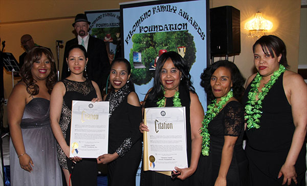Becas Filomeno Family Awards Foundation a estudiantes destacados