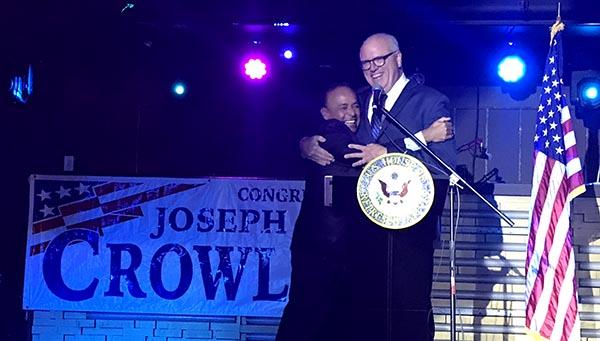 Congresista Crowley y Gutiérrez celebran el Mes de la Herencia Hispana defendiendo a los soñadores