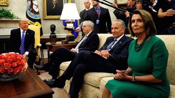 Demócratas anuncian acuerdo de DACA y presidente Trump los desmiente