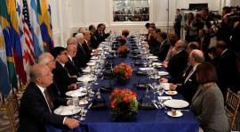 Presidente Trump: 'Venezuela destruída'